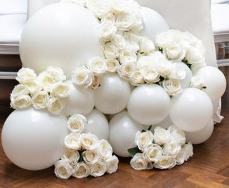 20 White Balloons decoration with 50 white roses