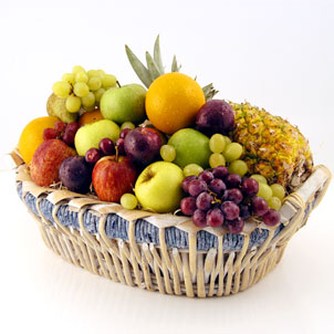Basket of 3 kg.fruits